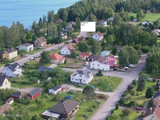 Het Huis in het dorp Vegby. Het is het witte huis rechtsonder het tekstvak.