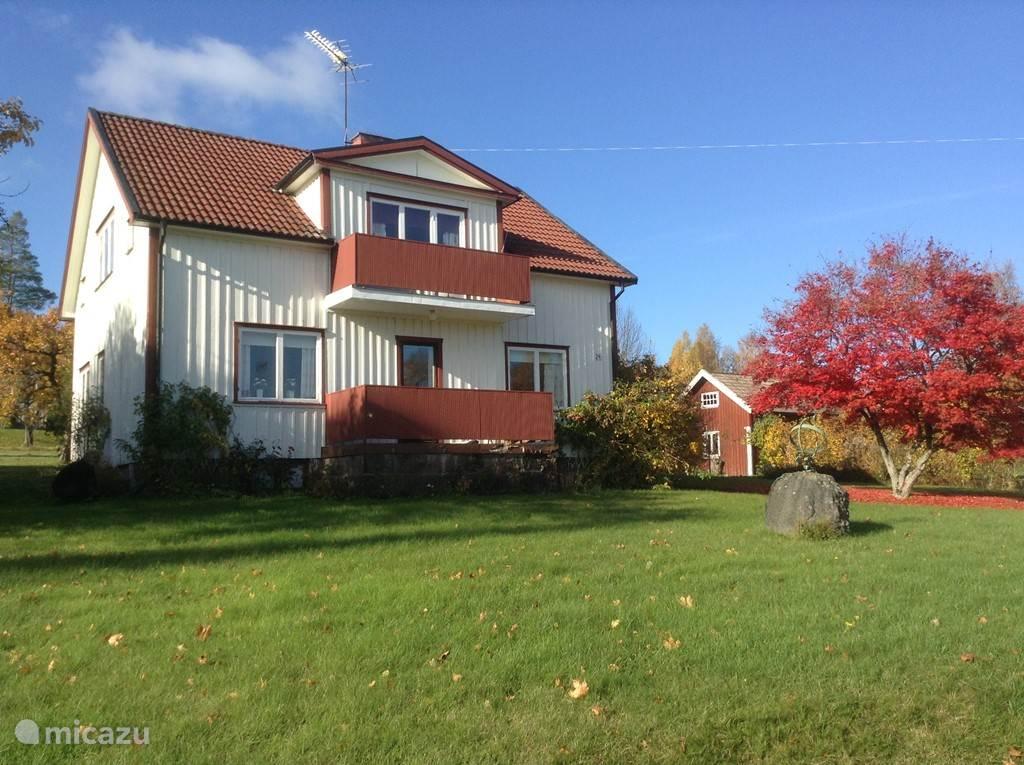 Vakantiehuis Zweden, Västergötland, Vegby Vakantiehuis Het witte huis