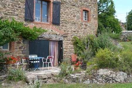 Vakantiehuis Frankrijk, Haute-Loire, Chaniat appartement Vue Merveilleuse