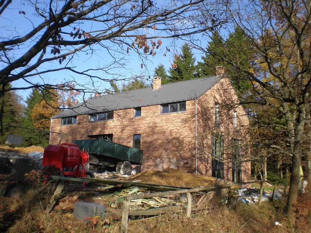 Villa Jannick te Stavelot, Ardennen biedt een last minute korting aan van 15% indien U de vakantie woning boekt voor een verblijf in Juli 2017.