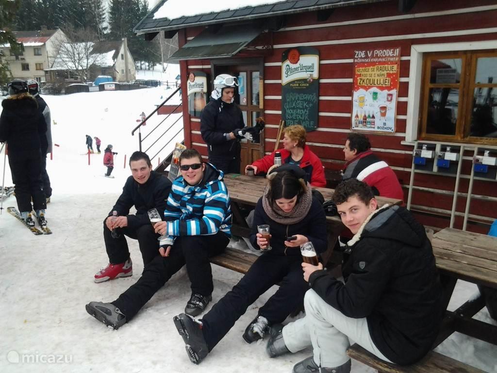 en apres ski. heel relaxed.