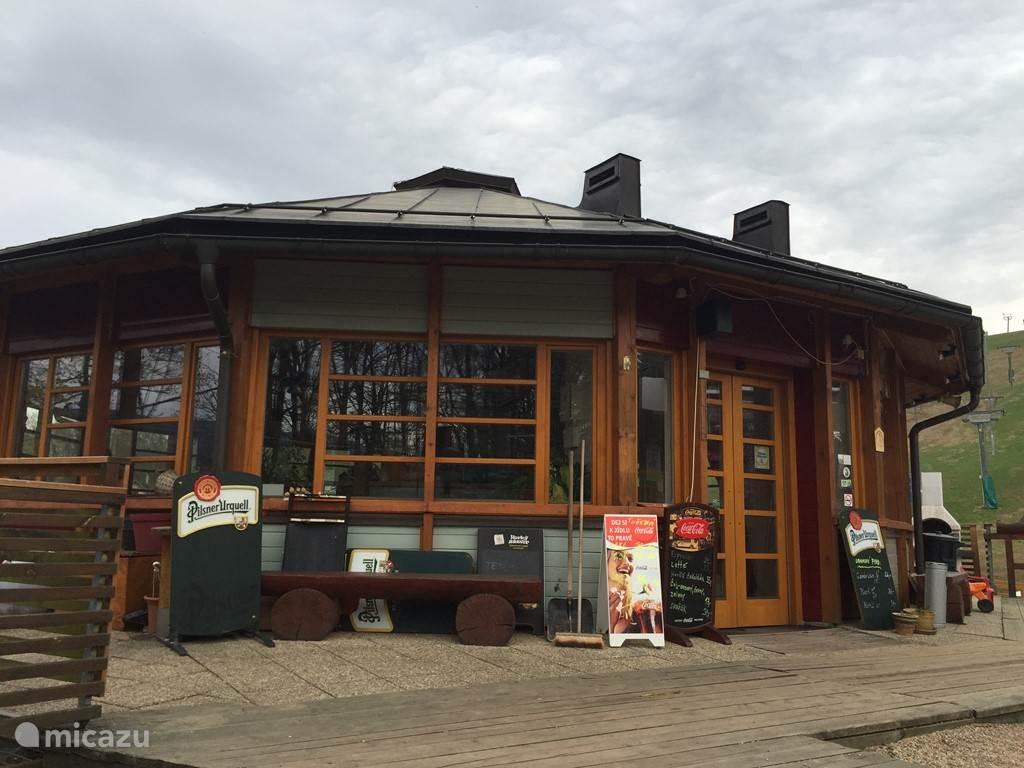 Apres Ski hut