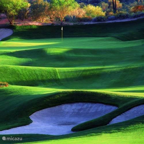 De Terre Blanche golfbaan is 5 minuten rijafstand