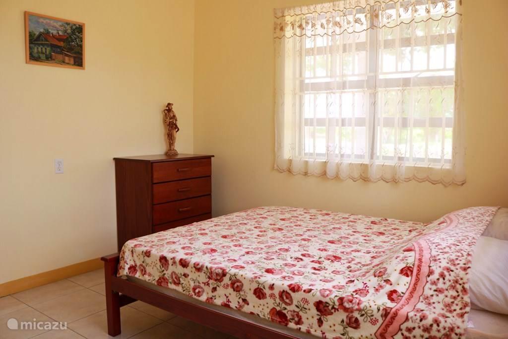 Vakantiehuis Suriname, Saramacca, Tijgerkreek Vakantiehuis Roos