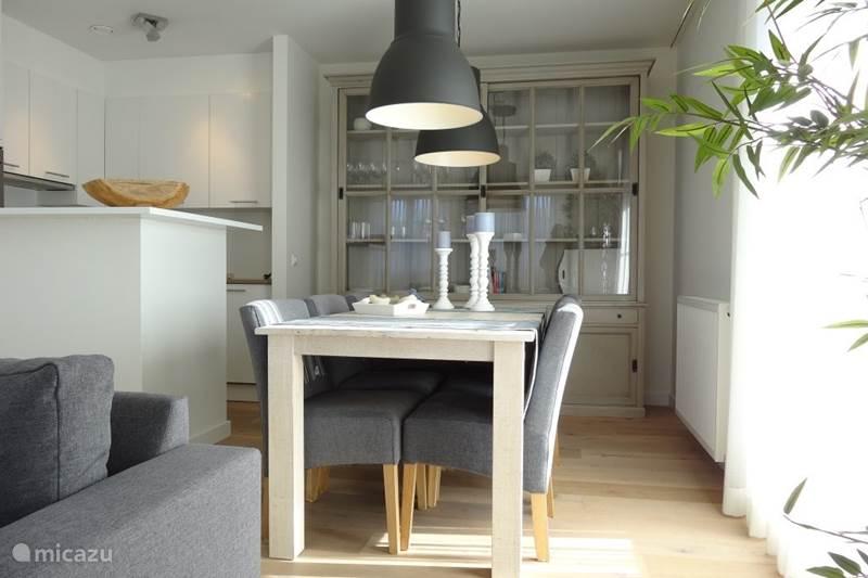 appartement duinhof in cadzand bad zeeland niederlande mieten micazu. Black Bedroom Furniture Sets. Home Design Ideas
