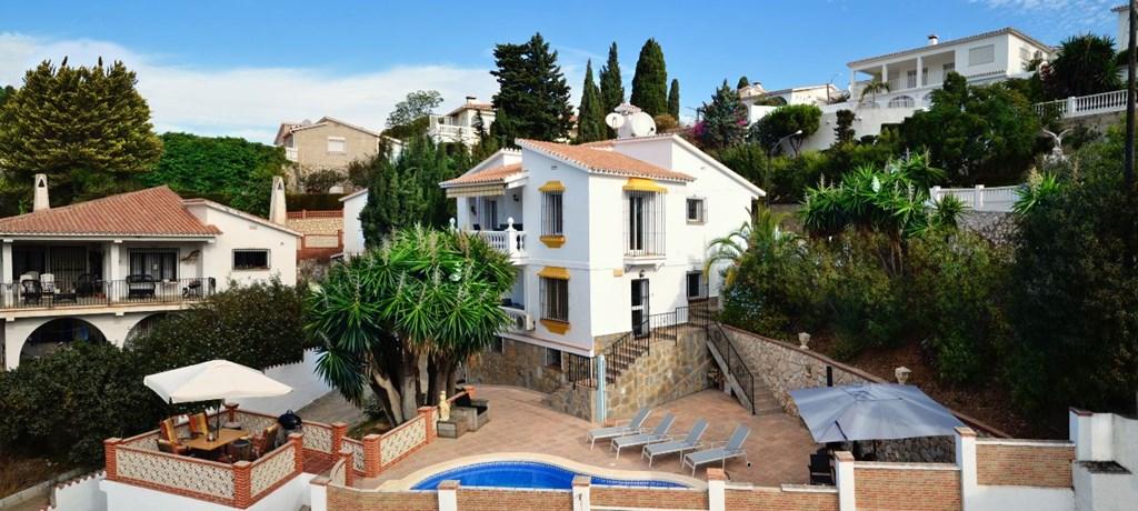 In maart 15% korting op  appartementsprijs als u boekt inclusief ontbijt! Vlieg voordelig naar Malaga en kom onbezorgd genieten. Rust & privacy