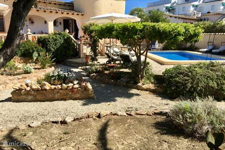 Casa juliana in moraira costa blanca huren for Alberca water planet nuevo laredo