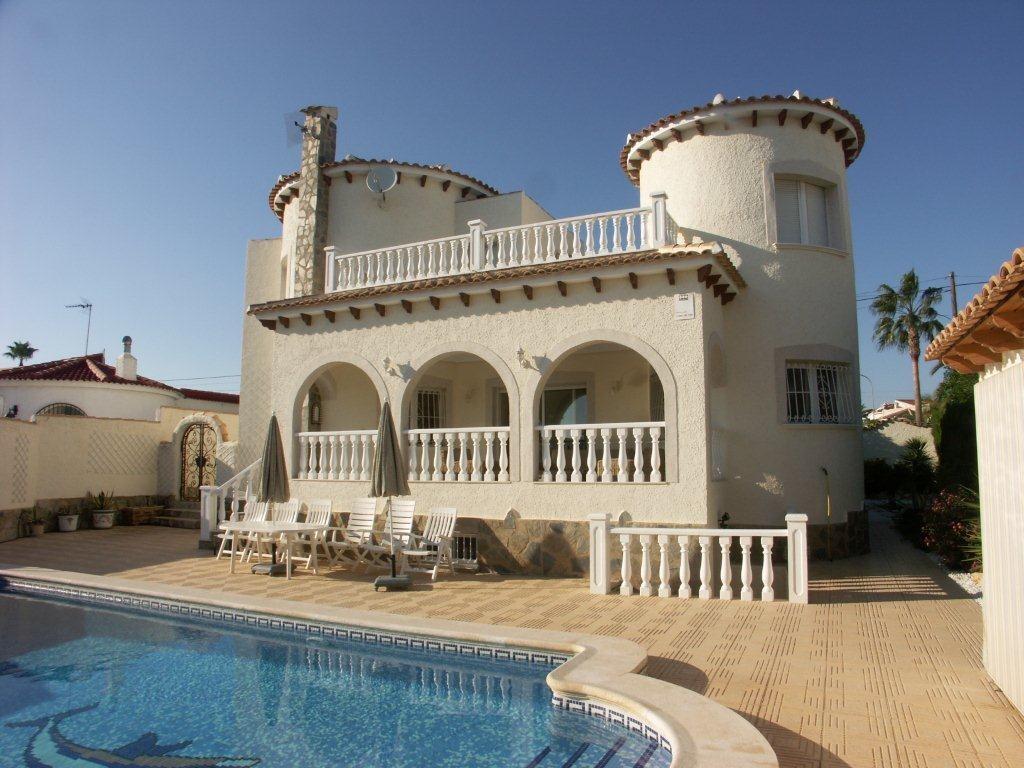 20% korting bij verblijf van minimaal 3 weken in onze luxe villa met verwarmbaar  zwembad! Nog beschikbaar van 17 jan-10 febr en 3 mrt-31 mrt 2018!!
