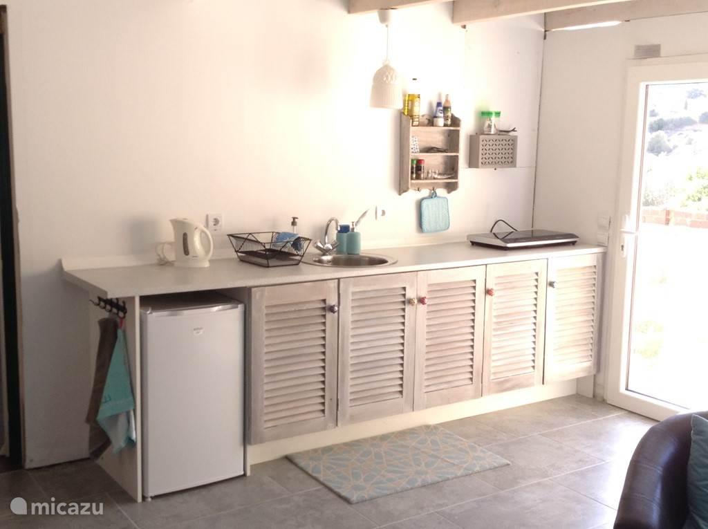 Keuken van het 1 slaapkamer appartement.