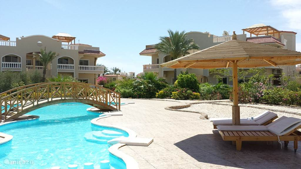 Vacation rental Egypt – apartment Bougainville Resort, pool and garden