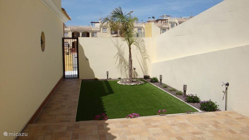privé-tuin met terras