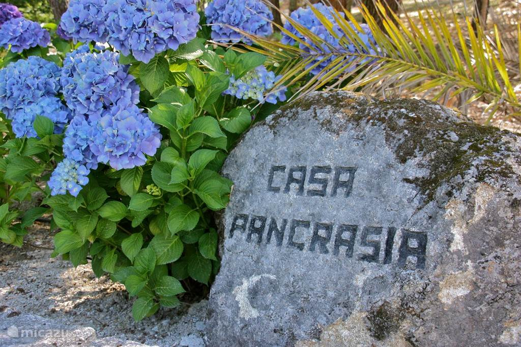 Casa Pancrasia is in 1996 gebouwd in typisch Portugese stijl.