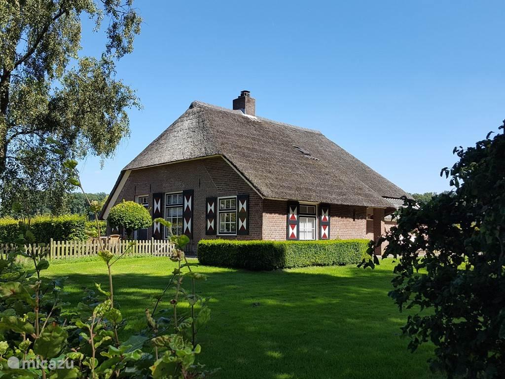 Vacation rental Netherlands, Overijssel – farmhouse The Drostenerve