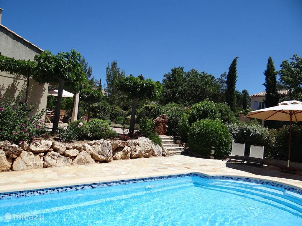 Vacation rental France, Provence, Nans-les-Pins - villa Jardin du Golf 44 with pool