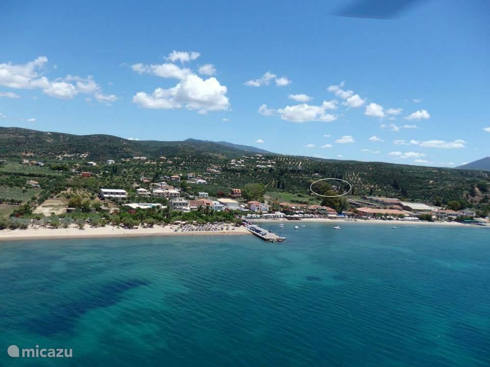 Gialova village & beach