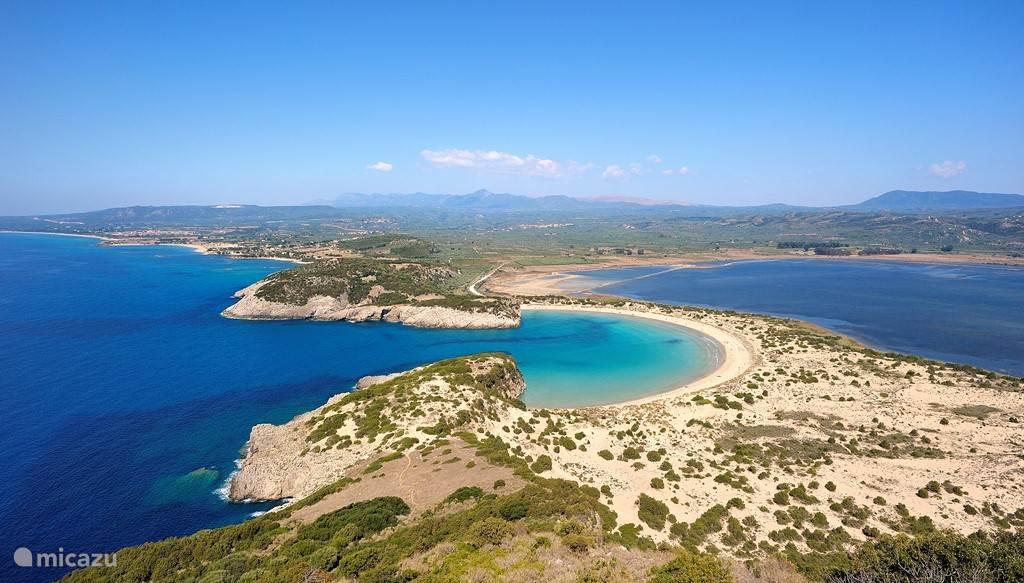 het beroemde Voidokilia strand, op 5 km van ons huis