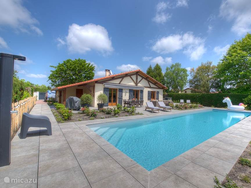 La Maison Aquitaine with private pool