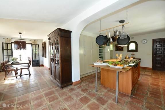 Keuken en eetkamer