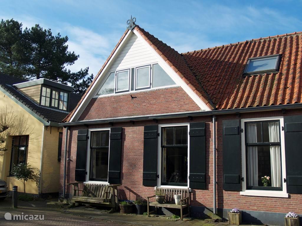Vakantiehuis Nederland, Zuid-Holland, Warmond vakantiehuis Charmant dorsphuis