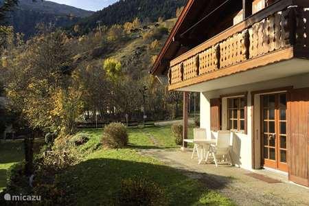Vacation rental Switzerland – chalet Numaga