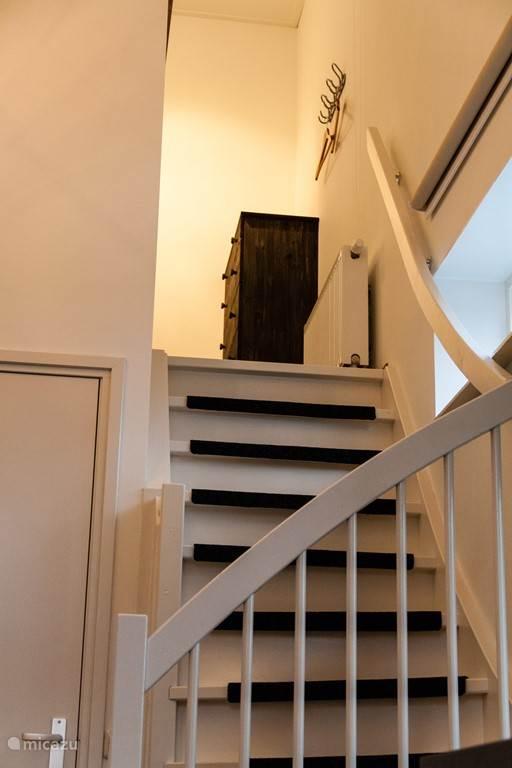 De trap naar de videslaapkamer