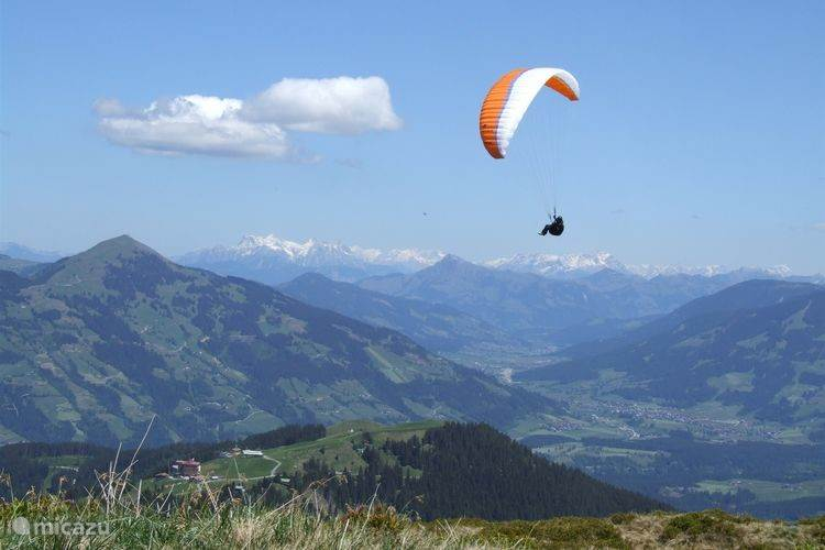 From the mountain you can paraglide.