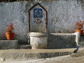 Het waterkraantje van Coja, een gezellig dorpje op 7 minuten.
