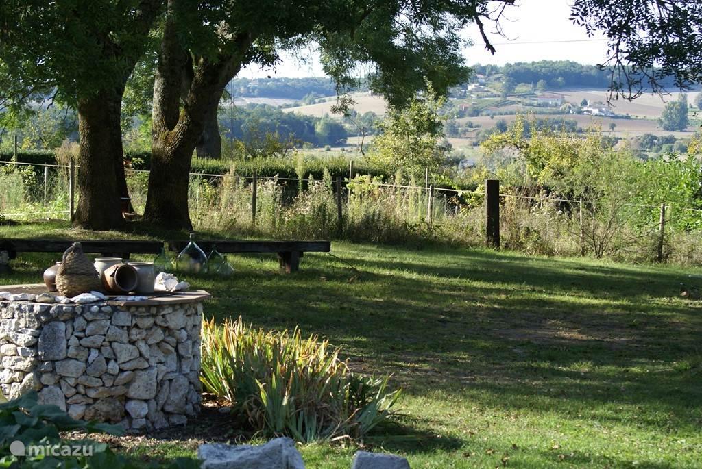 Een klein stukje van het mooie en rustige uitzicht in de tuin