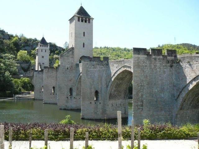 De beroemde brug in Cahors