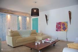 Villa sfeervolle vakantievilla javea in javea costa blanca spanje huren - Woonkamer beneden meubeldesign ...