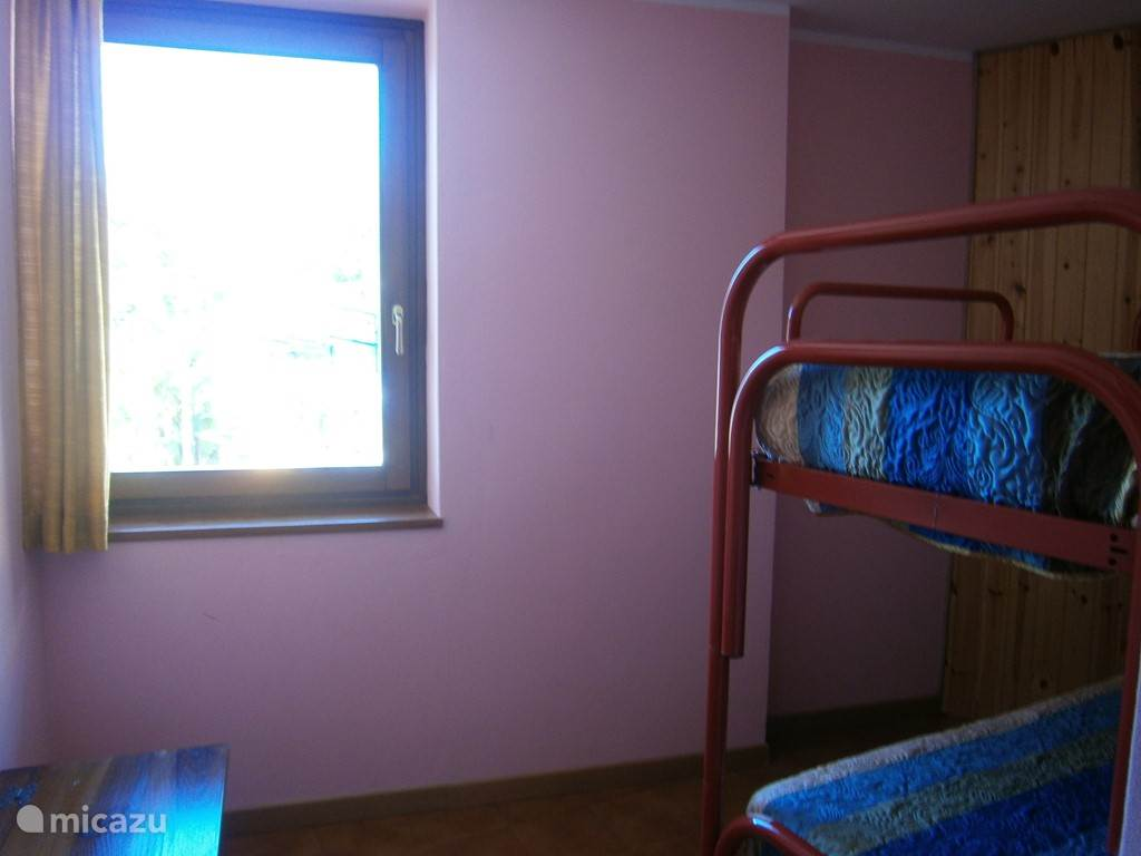 Childrens room with window. There is a similar kind of bunk room without a window for 10 Euro per day.