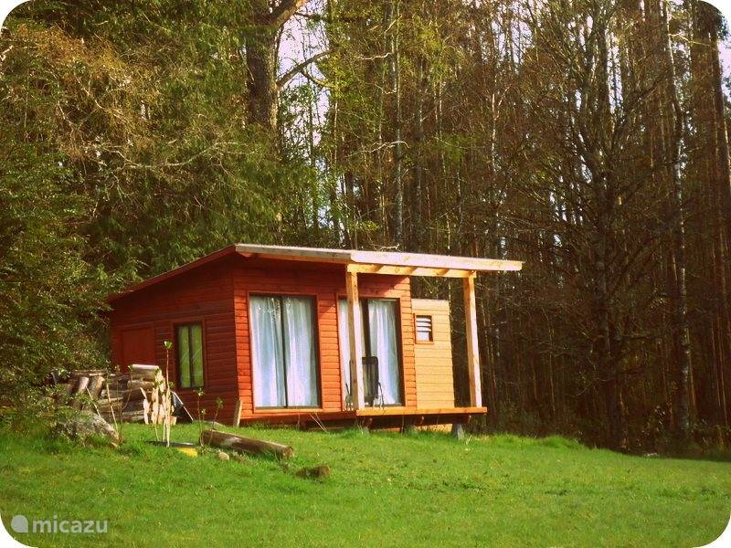Vacation rental Chile – cabin / lodge Tractor Cabin for 2 people