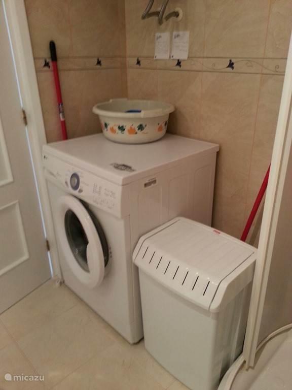 Wasmachine in de badkamer