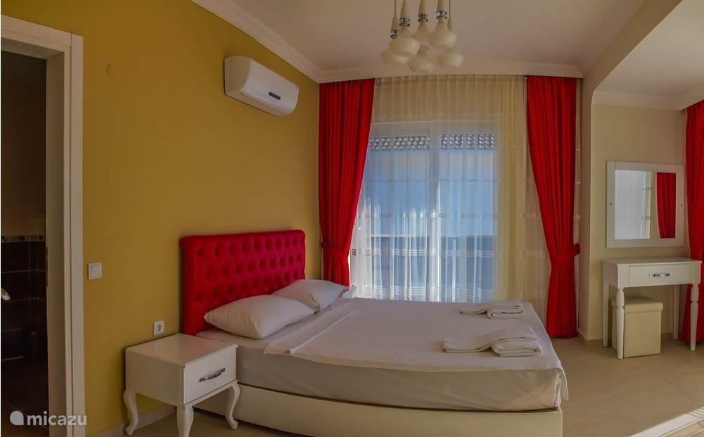 Slaapkamer 3 op de 2e verdieping