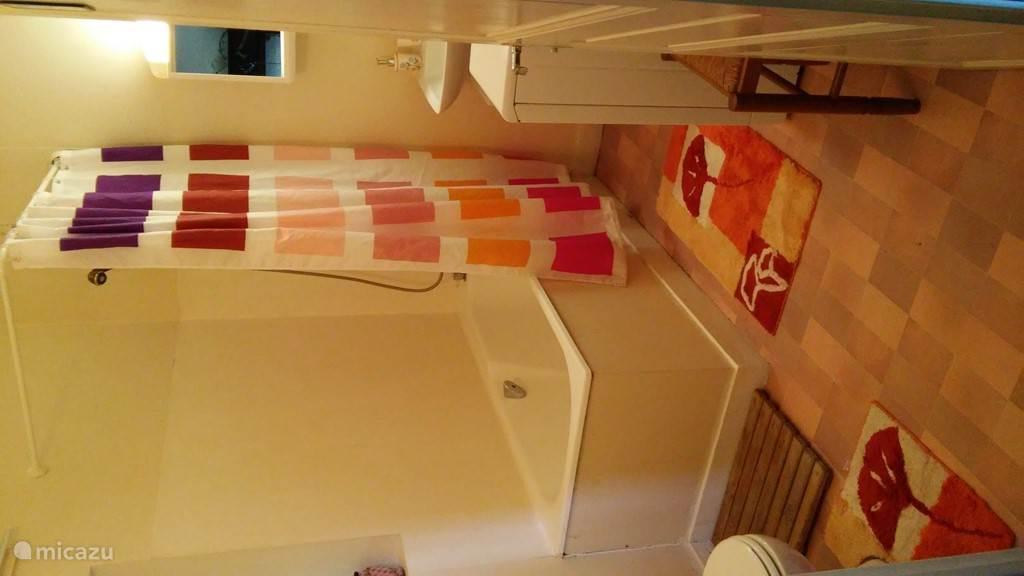 Badkamer begaande grond.