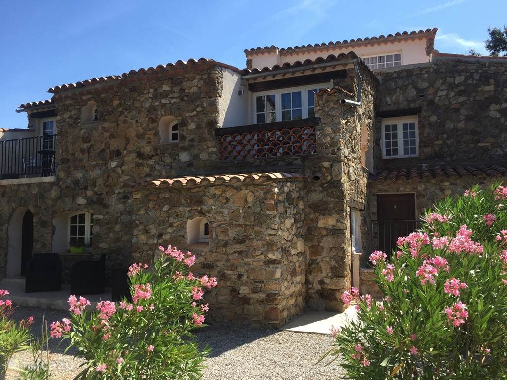 Vacation rental France, French Riviera,  Le Plan-de-la-Tour - holiday house Hameau des Claudins No. 3 Vernet