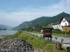 Vlakbij: het bekende fietspad langs de Donau in de Wachau