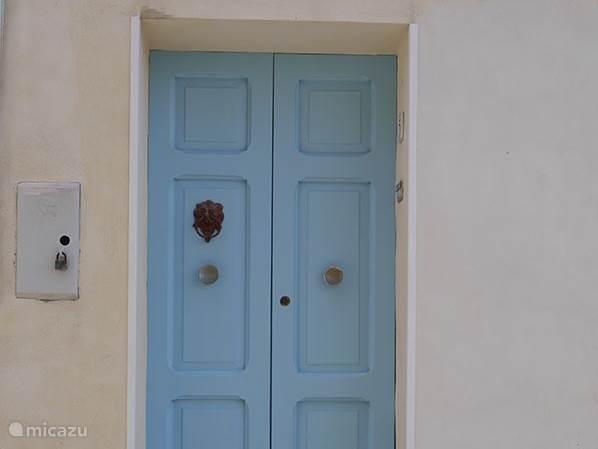 Voordeur van Villa della Volpe