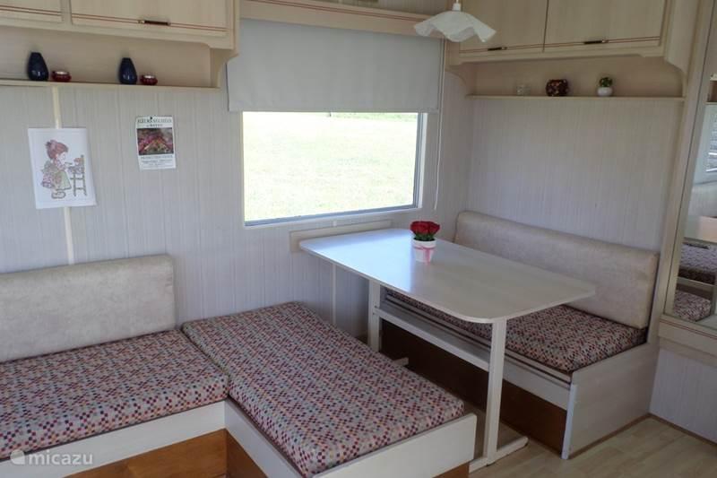 Vacation rental France, Allier, Chezelle Mobile home Rien sans Peine
