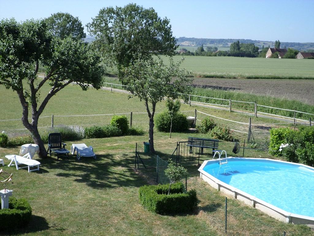 Houdt u van rust en ruimte aarzel dan niet om de mooie omgeving van d'Allier te ontdekken en te verblijven op ons mooie plekje en prachtige uitzichten