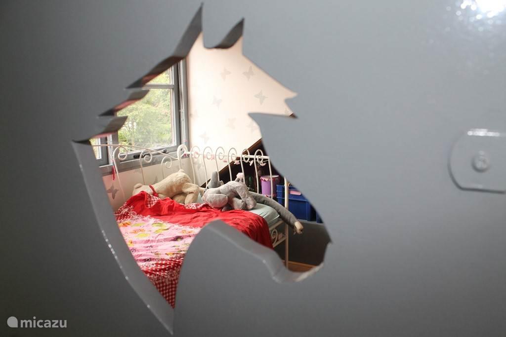 Doorkijkje slaapkamer zolder