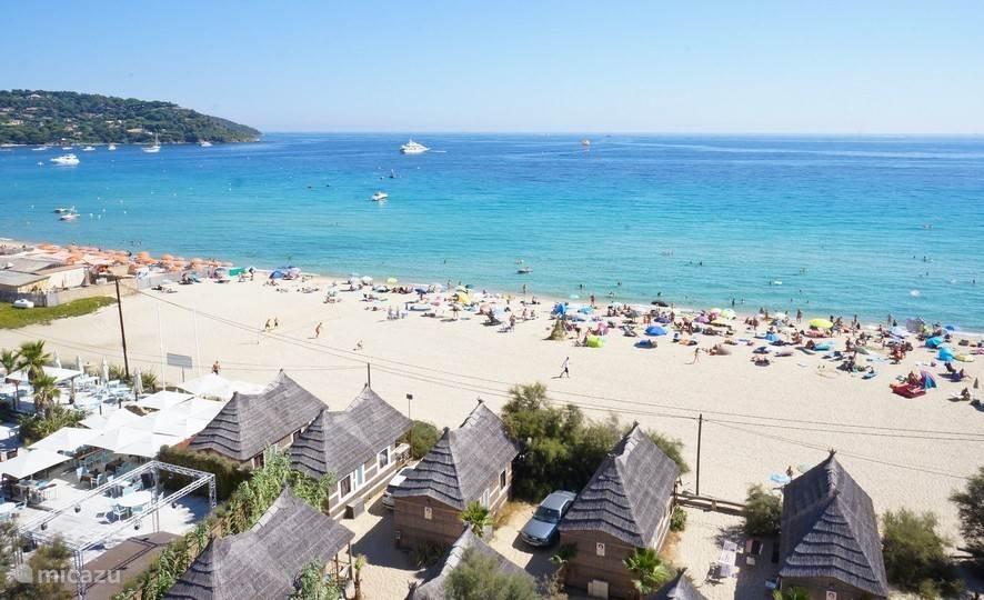 Vakantiehuis Frankrijk, Côte d´Azur, Ramatuelle Stacaravan Chalet aan strand op Toison d'Or
