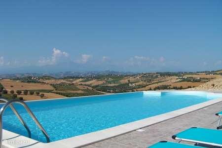 Vakantiehuis Italië, Abruzzen, Cologna Paese appartement Casa Cologna (app. Monti e Mare)