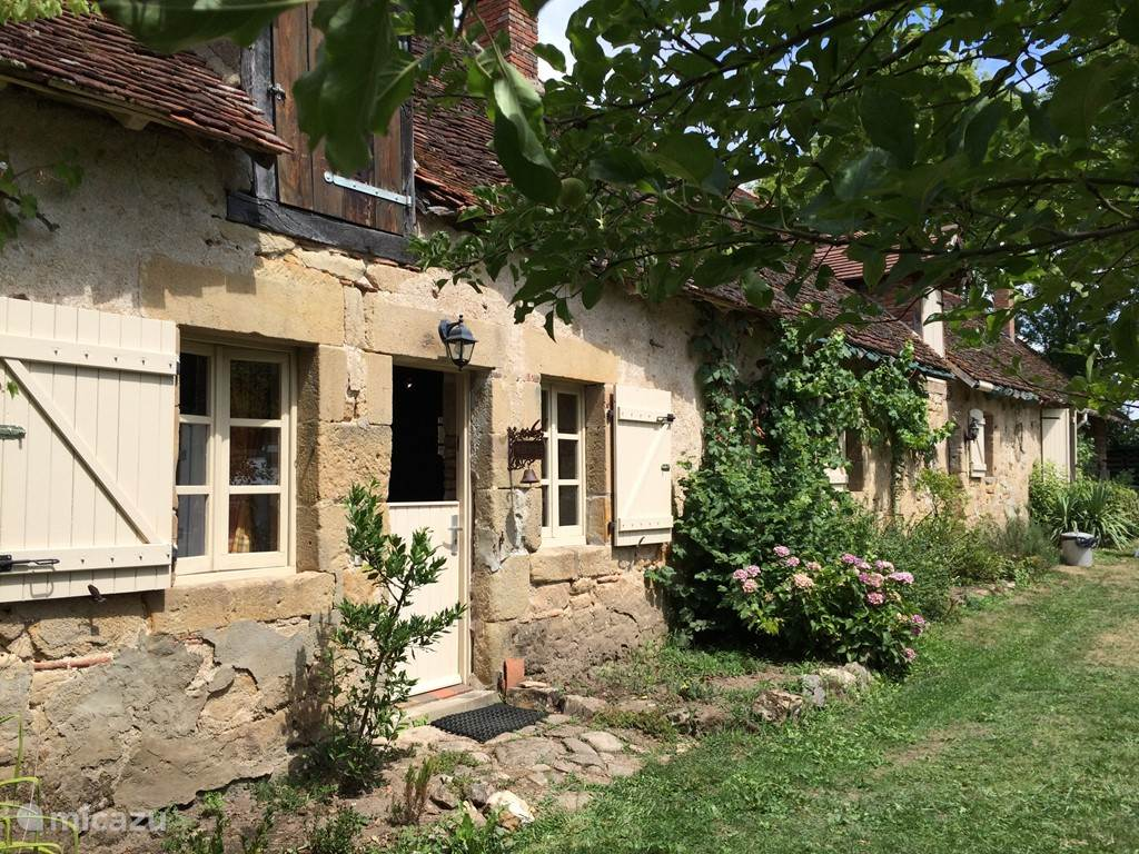 Vacation rental France, Auvergne – holiday house Le Pont