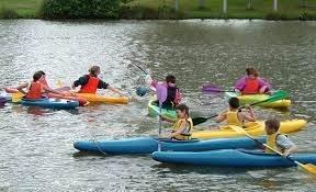 Plan d'eau Vieure - canoeing or kayaking on the lake
