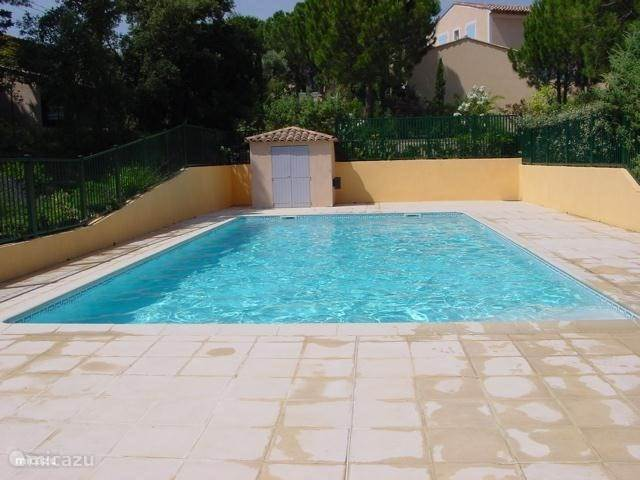 Vacation rental France, French Riviera – terraced house Provencales