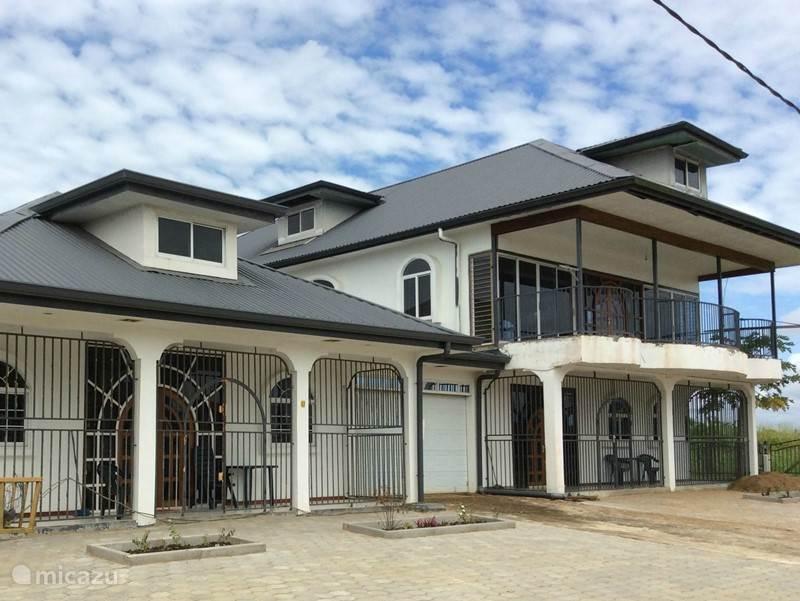 Vakantiehuis Suriname, Paramaribo, Paramaribo vakantiehuis Vakantiehuis te huur in Suriname