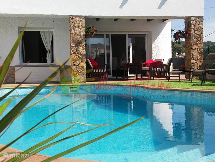 Vacation rental Spain, Costa Brava – holiday house Villa Ghislaine 'ALL INCLUSIVE'