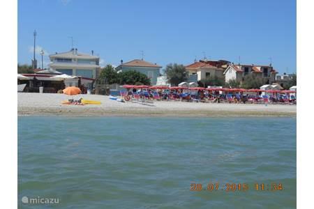 Vakantiehuis casa di molino in sassoferrato marche itali huren - Strand zwembad natuursteen ...