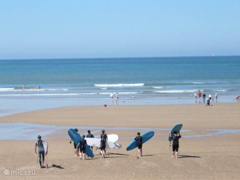 Strand met veel sportmogelijkheden